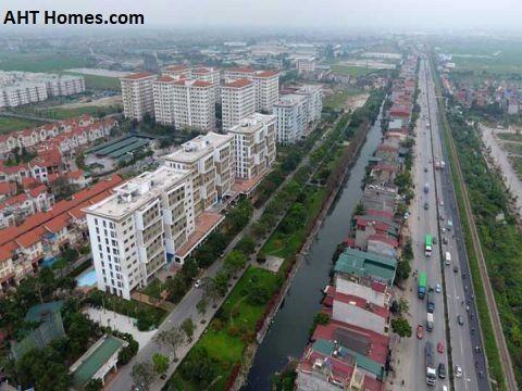 Huyện Gia Lâm là một trung tâm cửa ngõ nối liền Hà Nội với các tỉnh Hưng Yên, Hải Dương