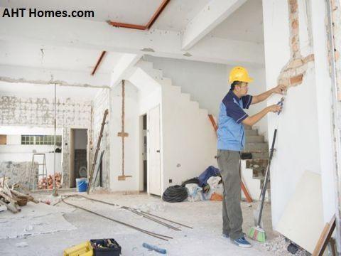 Đầu tiên, bạn nên tìm hiểu về bảng giá các hạng mục thi công, sửa chữa cho công trình
