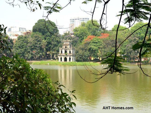 Nằm ở vị trí trung tâm TP Hà Nội, quận Hoàn Kiếm có những ưu thế nổi bật